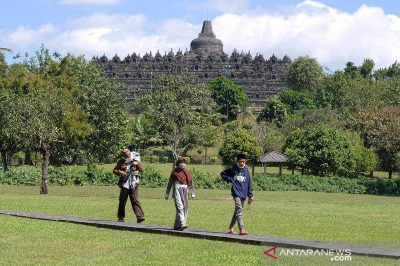 103 tempat wisata Jateng beroperasi