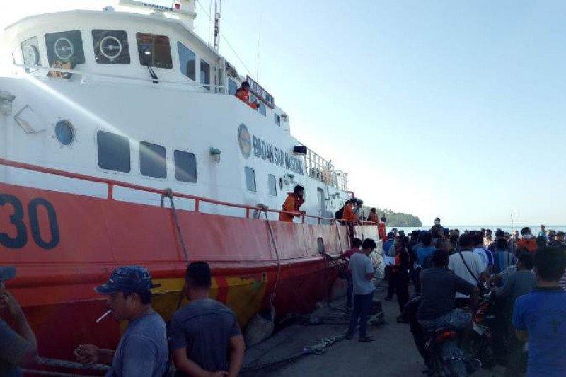 Tak kunjung ditemukan, pencarian 13 orang nelayan hilang Nias Selatan dihentikan