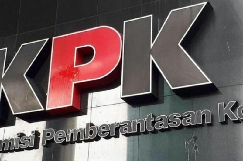 KPK panggil tiga Anggota DPRD Jabar terkait kasus suap Indramayu
