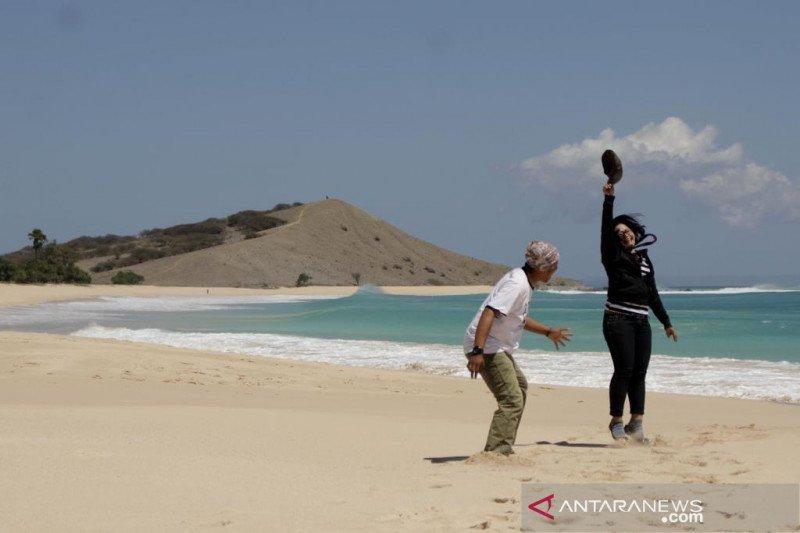Wisata Pantai Liman NTT mulai dilengkapi tempat menginap