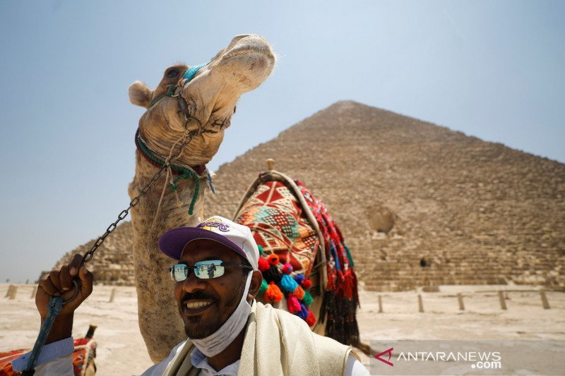 Perempuan Mesir berusia 107 sembuh dari virus corona