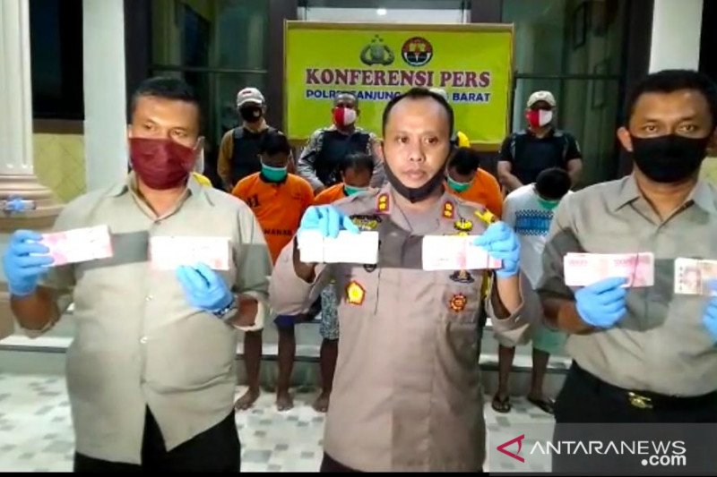 Polisi tangkap empat anggota pelaku sindikat uang palsu