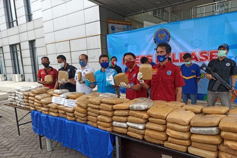 BNN Provinsi Banten gagalkan penyelundupan 298 kilogram ganja asal Aceh