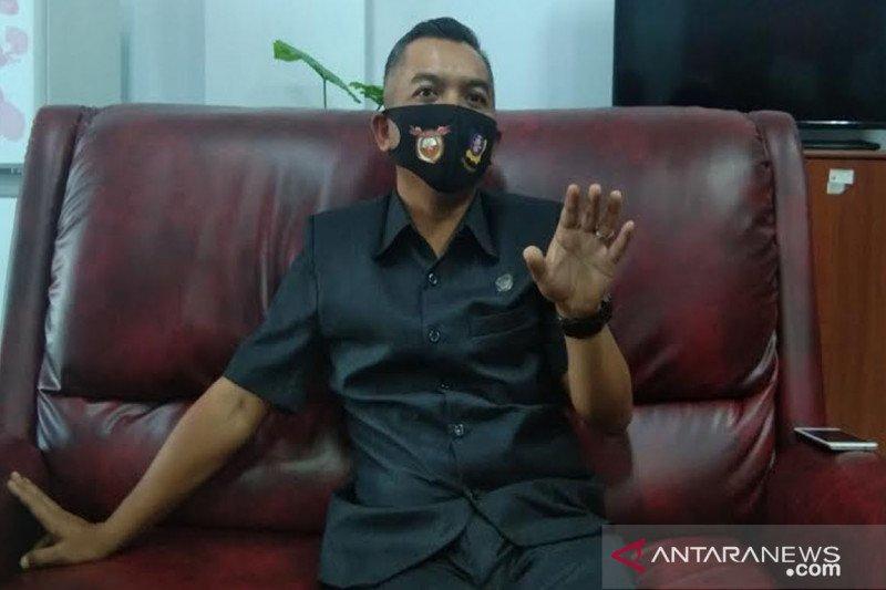 Ketua DPRD Seruyan ingatkan sekolah jangan lakukan pungli