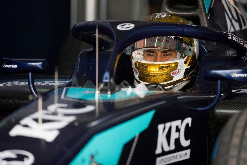 Pembalap Sean Gelael akhiri penantian panjang berlaga di Formula 2