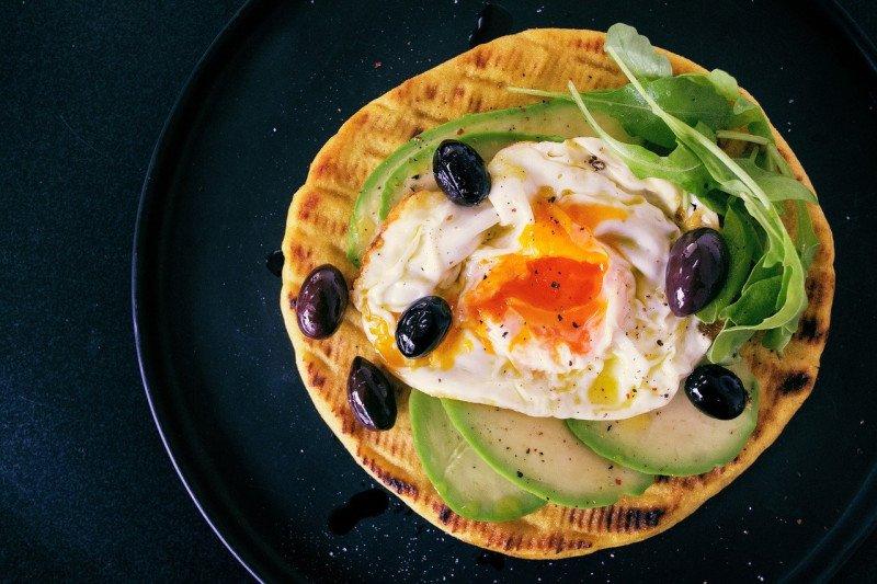 Ini resep 'Egg Avocado Toast' yang membuat kenyang selama berjam-jam