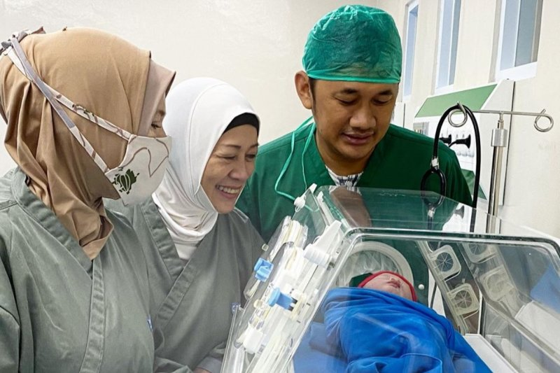 Zaskia Adya Mecca melahirkan anak kelima