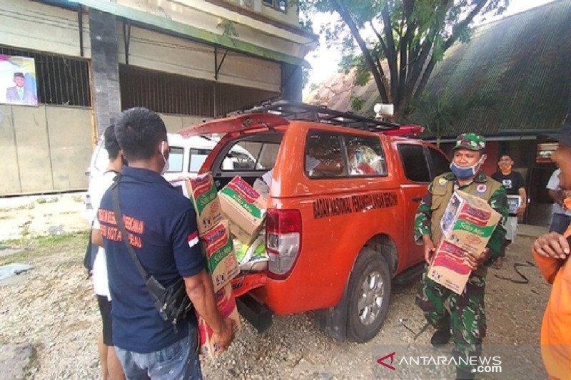 BPBD Kota Baubau salurkan sembako untuk pasien tambahan COVID-19