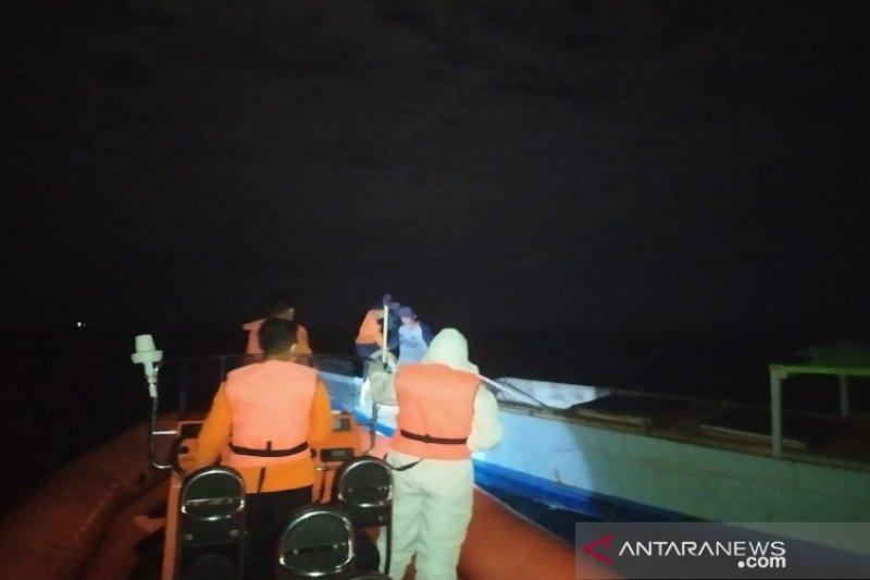 Tim SAR temukan tiga penumpang kapal mati mesin dalam keadaan selamat