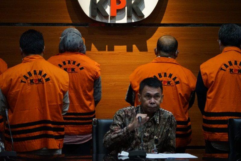 Kronologi penangkapan Bupati dan Ketua DPRD Kutai Timur
