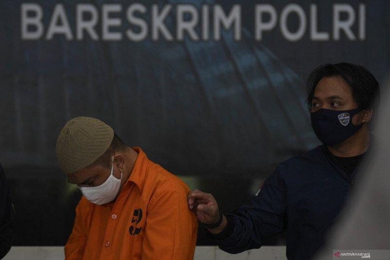 Polisi tangkap dua penyebar hoaks ajakan tarik dana perbankan