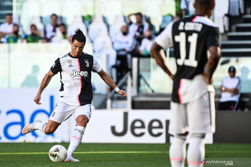 "Juve menang 4-1 ""derby della Mole"" untuk unggul tujuh poin dalam klasemen"