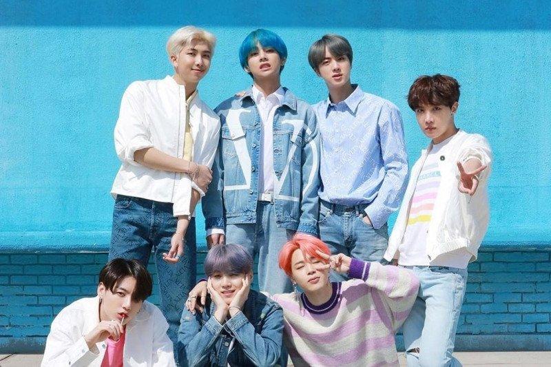 "Grup K-pop BTS cetak rekor baru di ""World Digital Song Sales"" Billboard"