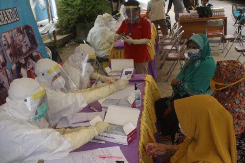 cegah COVID-19, Pemkab Lamandau gelar rapid test  massal di pasar tradisional