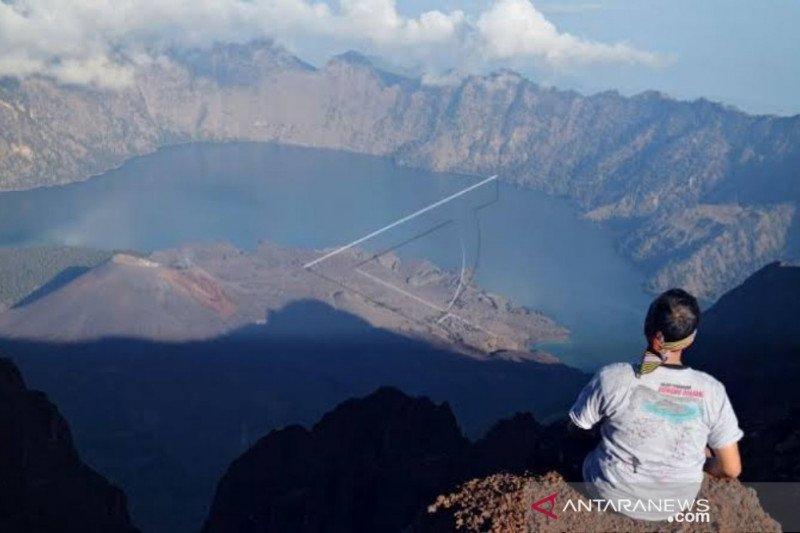 Gunung Rinjani resmi dibuka untuk wisatawan