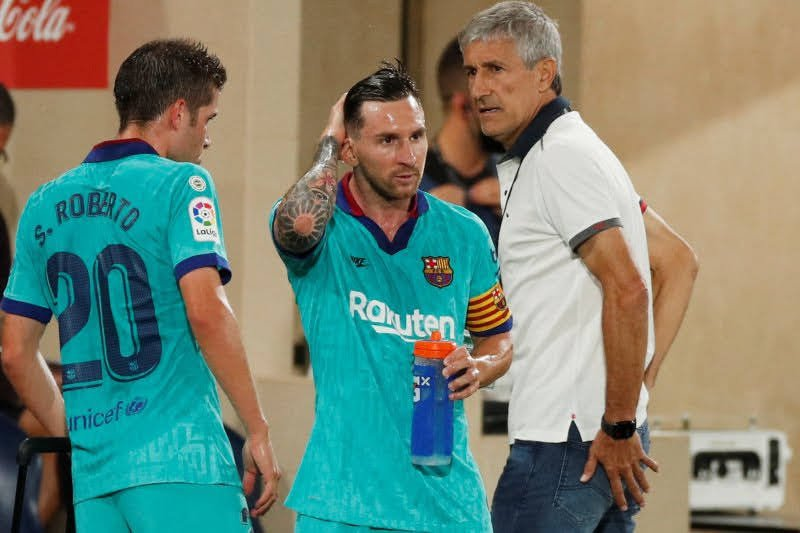 Permainan mengalir Barcelona perkuat posisi pelatih Quique Setien