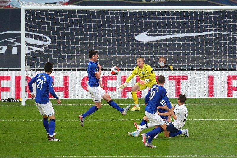 Tottenham kalahkan Everton berkat gol bunuh diri Michael Keane