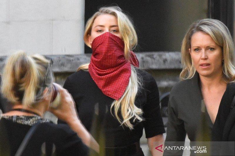 Pengacara sebut Amber Heard sebagai 'pembohong kompulsif'