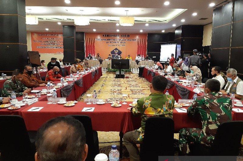 Menko PMK harap perekonomian di Papua akan membaik