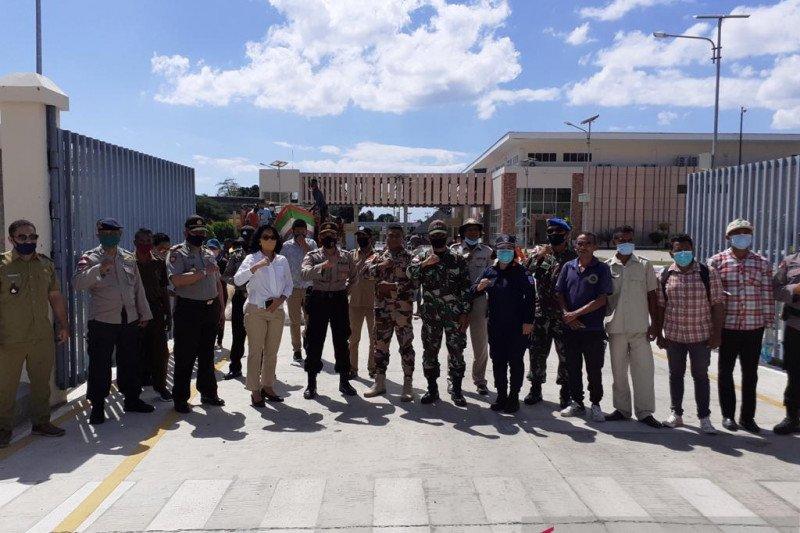 KBRI pulangkan dua nelayan NTT yang  terdampar di pantai Timor Leste