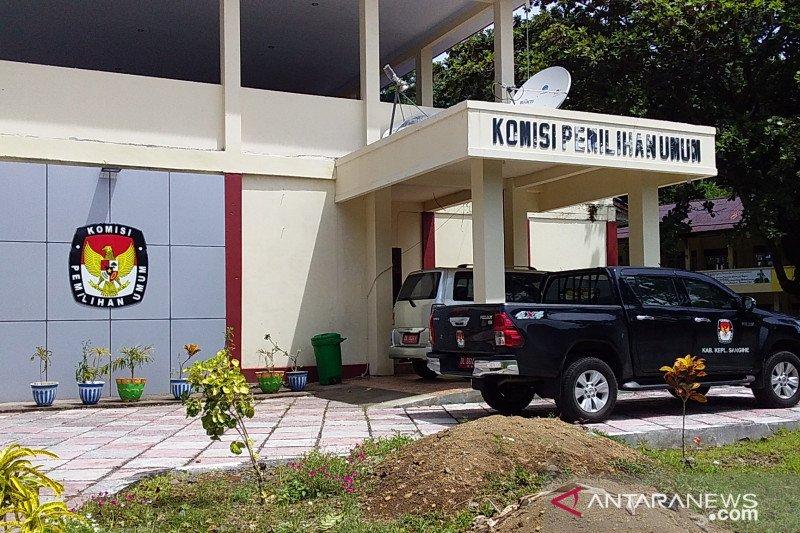 KPU Kabupaten Sangihe siapkan APD untuk penyelenggara Pilkada 2020