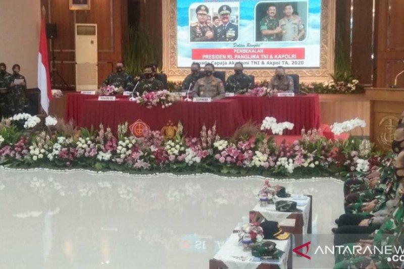 Presiden ingatkan capaja TNI-Polri konsisten dengan  ideologi negara