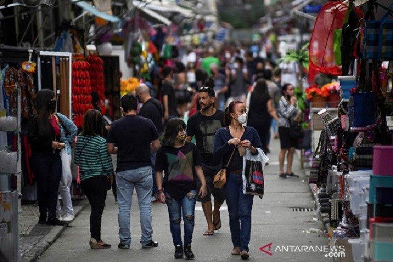 Brazil laporkan 1.214 kematian baru COVID-19 dalam 24 jam