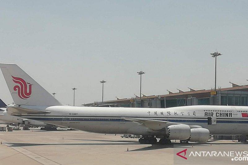 China tangguhkan empat penerbangan akibat kasus COVID-19