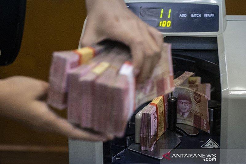 Kurs rupiah terkoreksi meski neraca dagang surplus
