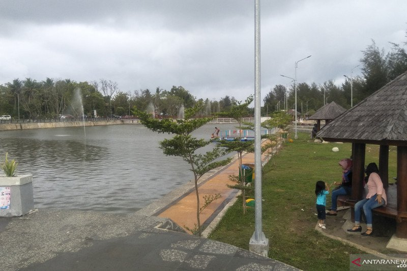 Objek wisata Talao Pauh Pariaman kini dilengkapi air mancur