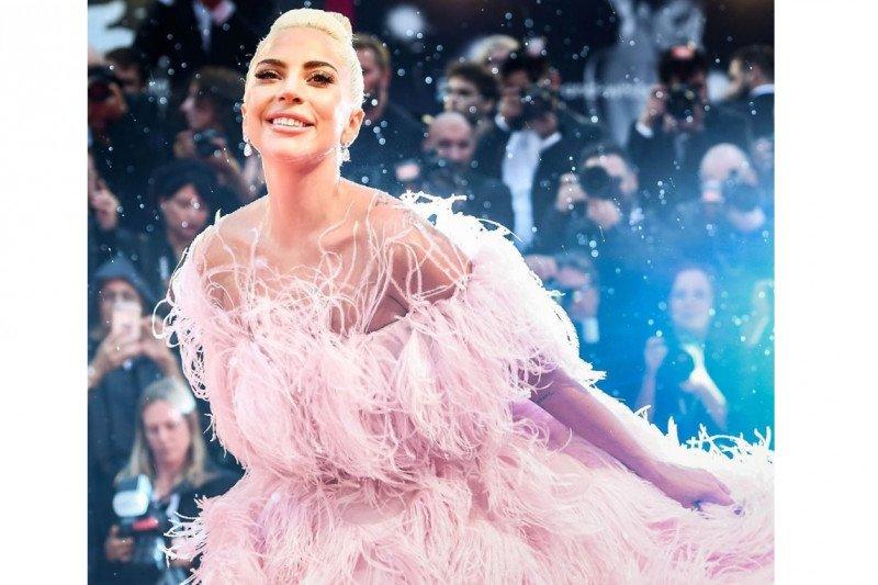 Film 'Bullet Train' ajang adu peran Brad Pitt dengan Lady Gaga