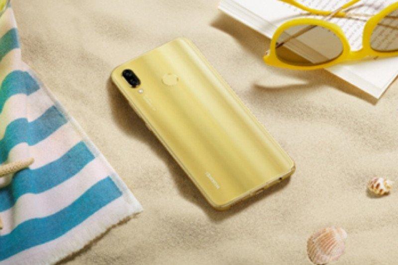 Popularitas ponsel keluaran Huawei dan Apple naik di China