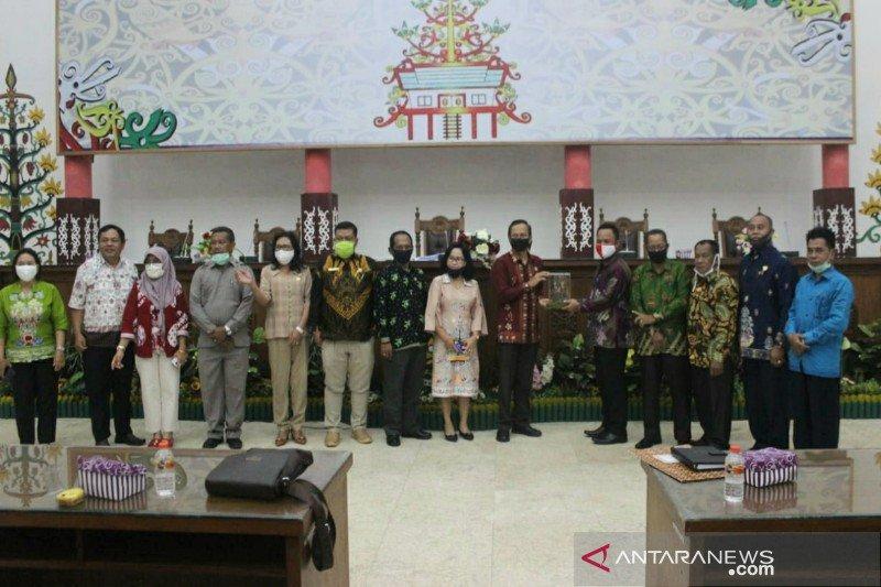 DPRD Bartim dan Banjar pelajari serapan anggaran di Palangka Raya