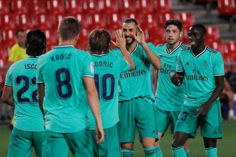 Real Madrid menang atas Granada, dekati raih juara La Liga