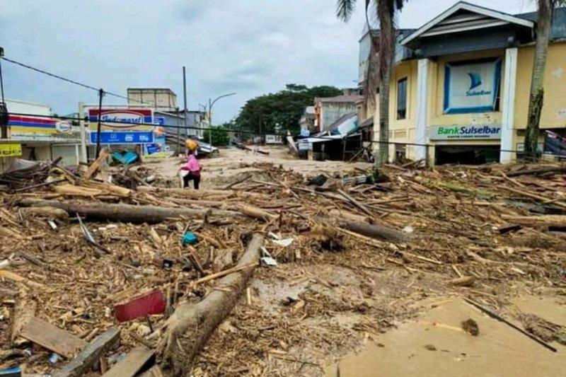BMKG : Banjir bandang di Masamba Luwu Utara disebabkan hujan lebat