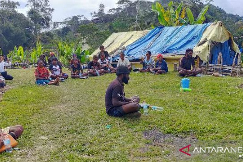 Pemkab Tolikara minta penyuluh pertanian ajak warga jaga konservasi lahan
