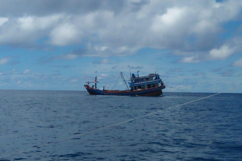 Nelayan Natuna komplain kapal cantrang beroperasi di bawah 12 mil
