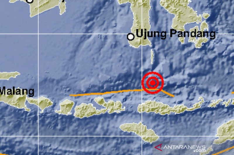 Laut Flores diguncang gempa bumi magnitudo 5,5 yang terasa hingga Denpasar