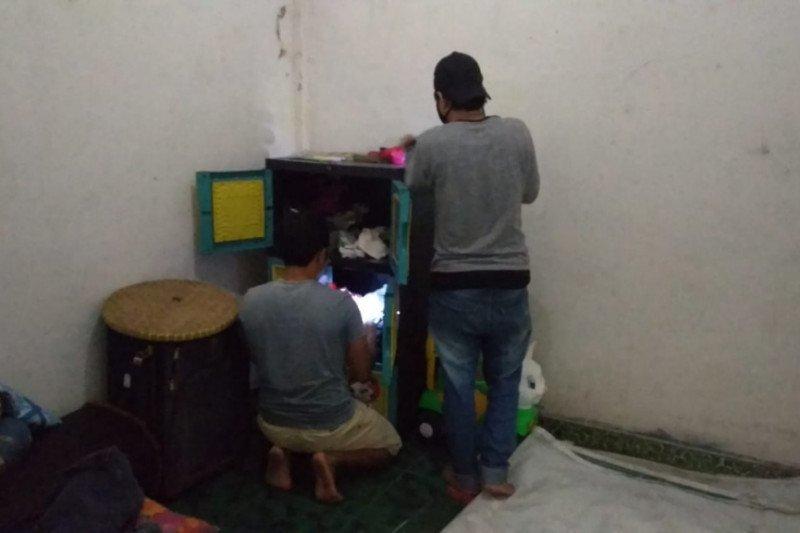 Seorang emak-emak di Lombok Tengah ditangkap polisi diduga jadi pengedar narkoba