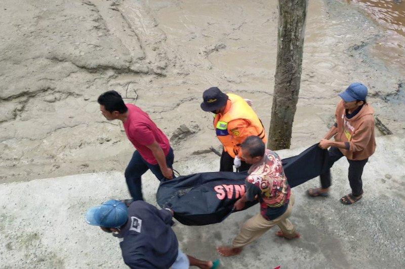 Dua nelayan korban kapal karam di Riau ditemukan