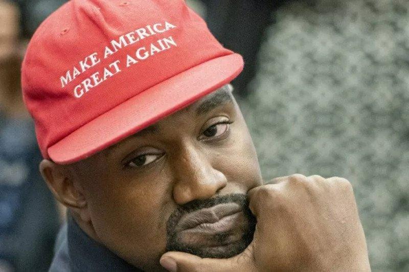 Tangis rapper Kanye West pecah saat  berkampanye sebagai calon presiden