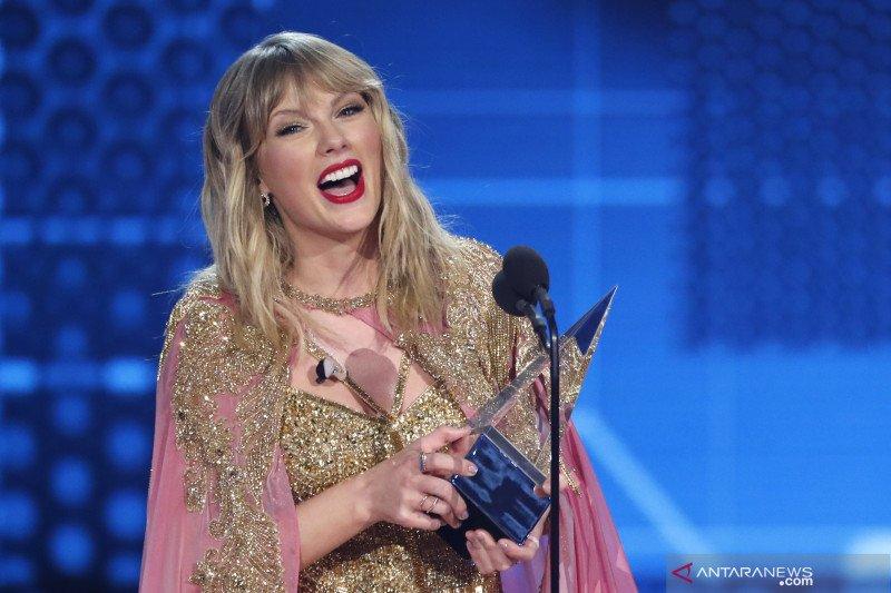 Taylor Swift Bocorkan Penampilan Untuk Grammy 2021 Antara News