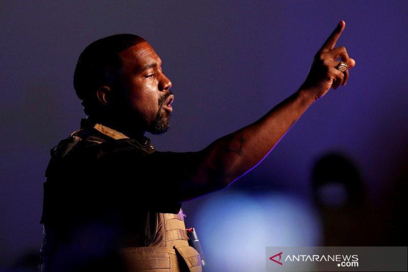 Kanye West berutang jutaan dolar AS untuk kampanye calon presiden