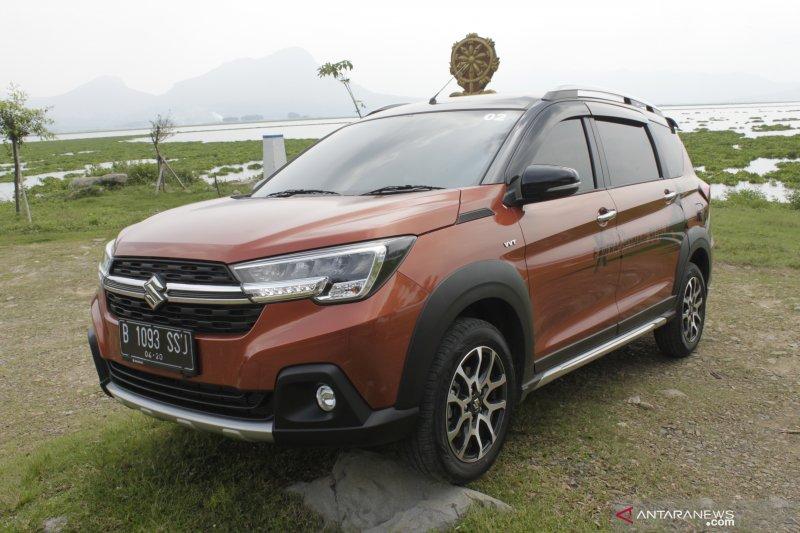 Carry dan XL7 dongkrak penjualan Suzuki di Indonesia