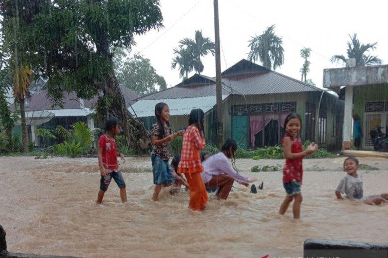 Banjir ancam 4,8 kilometer jalan beraspal di Rawang Gunung Malelo
