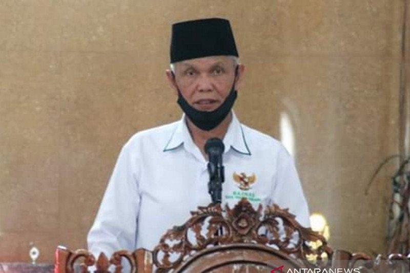 Baznas Padang Panjang salurkan zakat kepada 109 penerima