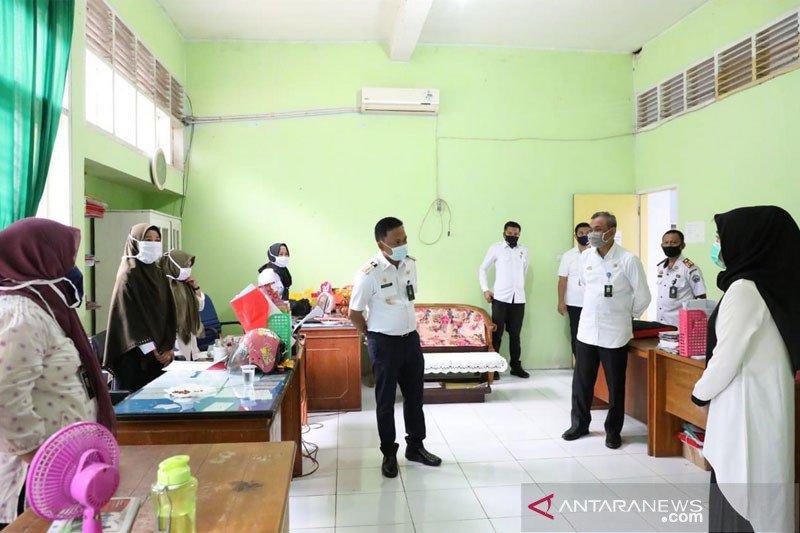 Bupati Bantaeng sidak penerapan protokol kesehatan di perkantoran