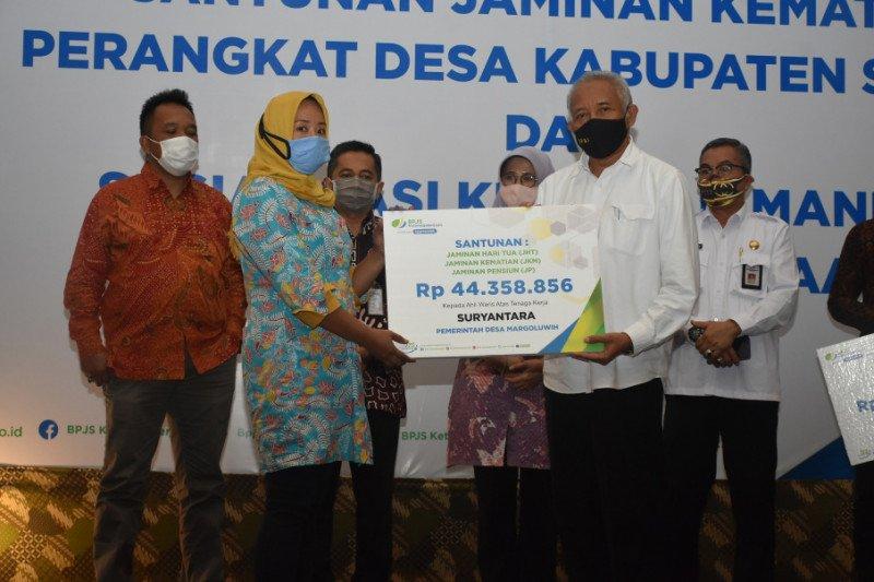Sleman Serahkan Santunan Jaminan Kematian Bpjs Ketenagakerjaan Antara News Yogyakarta Berita Terkini Yogyakarta