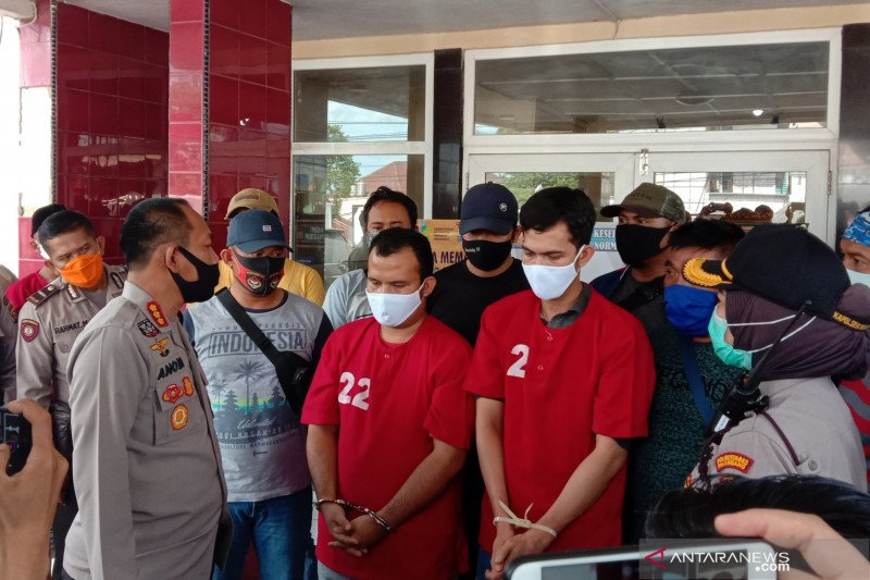 Polisi tangkap kakak-adik aniaya  tetangga hingga tewas di Palembang
