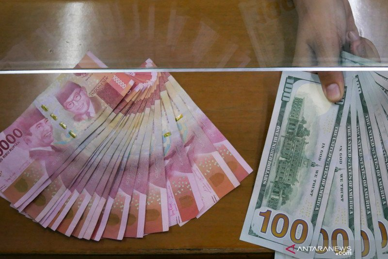 Nilai tukar rupiah Kamis pagi stagnan di posisi Rp14.125 per dolar